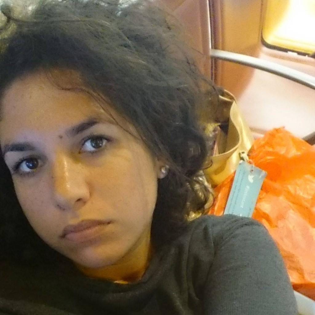 Là, par exemple, j'étais crevée et je m'ennuyais comme un rat mort pendant une escale de 11 h à l'aéroport de Mumbai, en Inde...