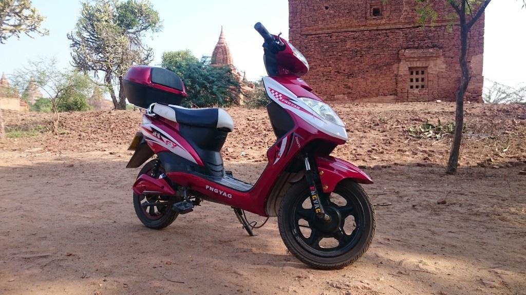 scooter électrique à Bagan