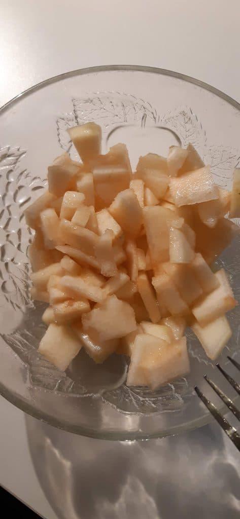 Poire coupée en petits morceaux